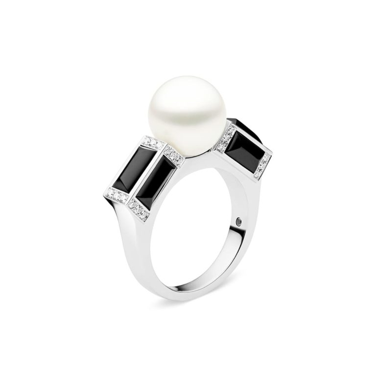 Sugarloaf By Night Ring, Black Onyx, 18ct White Gold